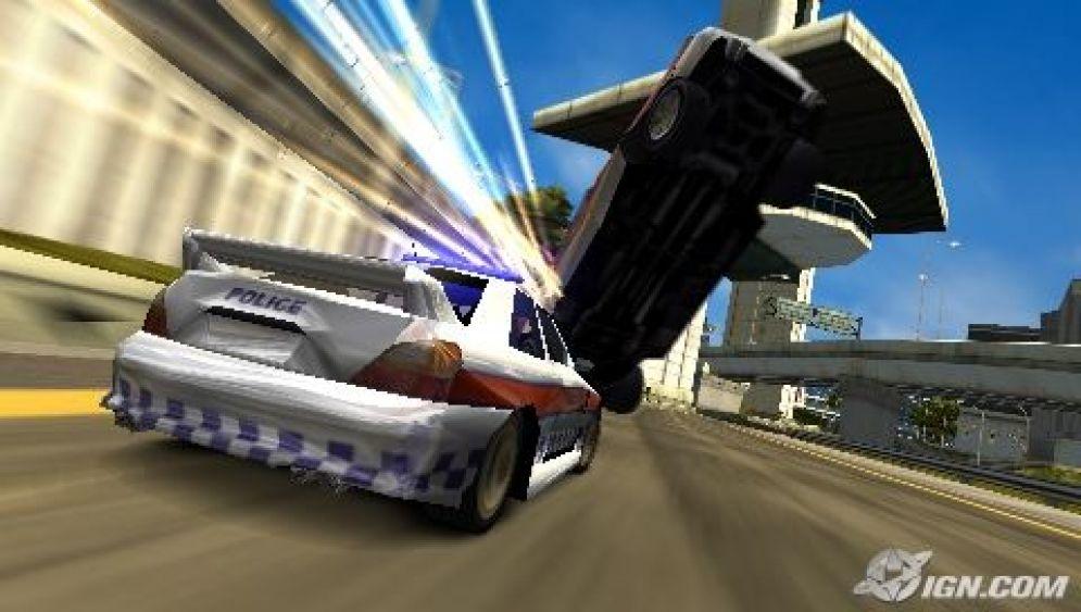 Screenshot ze hry Burnout Legends - Recenze-her.cz